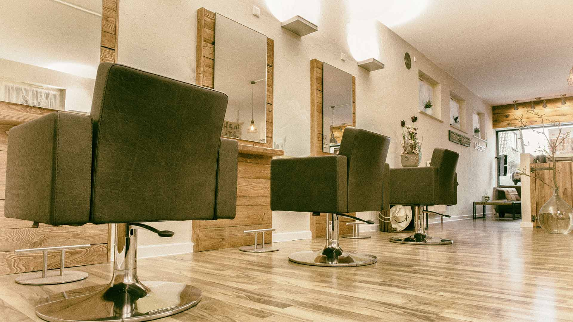 Saloon - Hairsaloon by Nadine